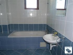 Image No.9-Maison de 4 chambres à vendre à Tryavna
