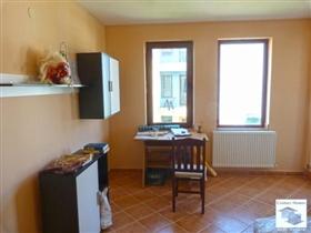 Image No.6-Maison de 4 chambres à vendre à Tryavna