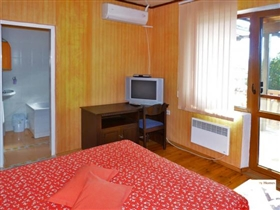 Image No.14-9 Bed House for sale