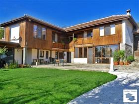 Image No.2-Maison de 9 chambres à vendre à Dryanovo