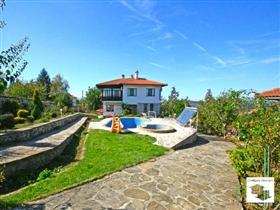Image No.0-Maison de 5 chambres à vendre à Veliko Tarnovo