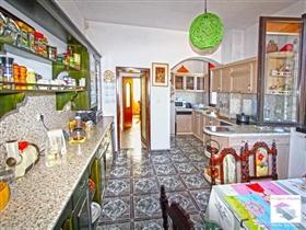 Image No.9-Maison de 5 chambres à vendre à Veliko Tarnovo