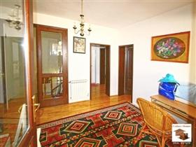 Image No.11-Maison de 5 chambres à vendre à Veliko Tarnovo