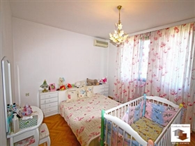 Image No.13-Maison de 5 chambres à vendre à Veliko Tarnovo
