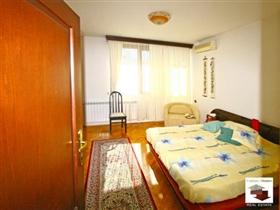 Image No.16-Maison de 5 chambres à vendre à Veliko Tarnovo