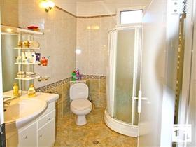 Image No.18-Maison de 5 chambres à vendre à Veliko Tarnovo