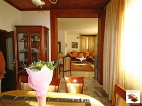 Image No.3-Maison de 5 chambres à vendre à Veliko Tarnovo