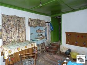 Image No.2-Maison de 2 chambres à vendre à Polski Trambesh
