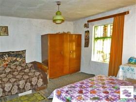 Image No.3-Maison de 2 chambres à vendre à Polski Trambesh