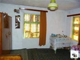 Image No.4-Maison de 2 chambres à vendre à Polski Trambesh