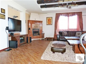 Image No.9-5 Bed House for sale