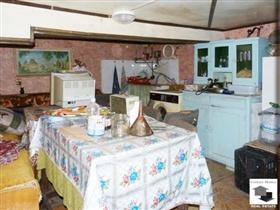 Image No.7-Maison de 2 chambres à vendre à Veliko Tarnovo