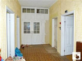 Image No.10-8 Bed House for sale