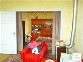 Image No.8-8 Bed House for sale