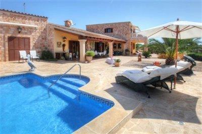 245-villa-for-sale-in-sant-lluis-2-large
