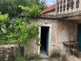 Image No.9-Maison / Villa de 4 chambres à vendre à Bogomolje