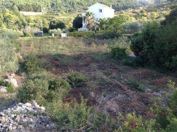 1 - Pitve, Land