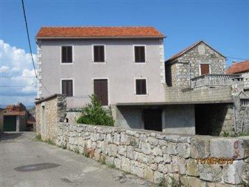 1 - Vrbanj, House/Villa