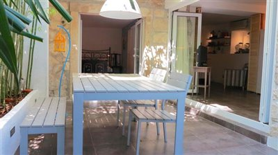 garden-apartment-in-hvar-town3