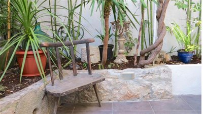 garden-apartment-in-hvar-town2