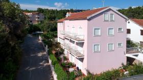 Image No.4-Commercial de 15 chambres à vendre à Vrboska