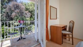 Image No.6-Commercial de 15 chambres à vendre à Vrboska