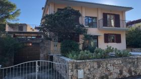 Image No.0-Maison / Villa de 7 chambres à vendre à Jelsa