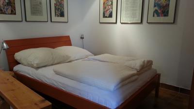 Studio-sleeping-area