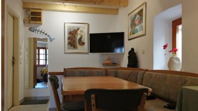 Upstairs-dining-area-2