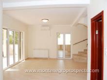 Image No.3-Maison de 4 chambres à vendre à Kumbor