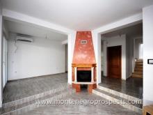 Image No.1-Maison de 5 chambres à vendre à Bar