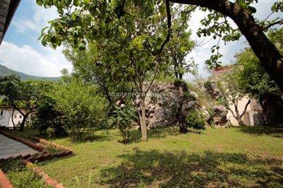 Villa-in-Dobrota-for-sale-11