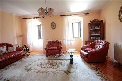 Villa-in-Dobrota-for-sale-13