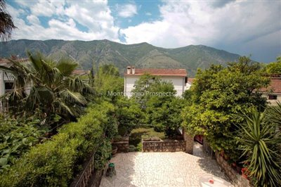Villa-in-Dobrota-for-sale-15