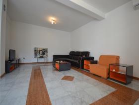 Image No.4-Villa de 4 chambres à vendre à Kotor