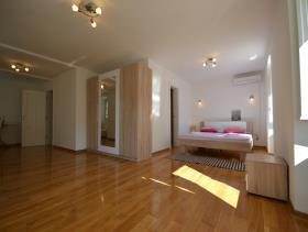 Image No.6-Villa de 4 chambres à vendre à Kotor
