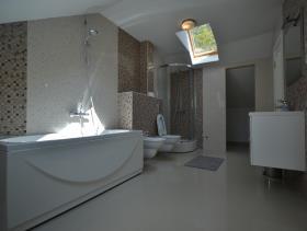 Image No.9-Villa de 4 chambres à vendre à Kotor