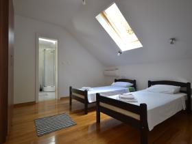 Image No.8-Villa de 4 chambres à vendre à Kotor