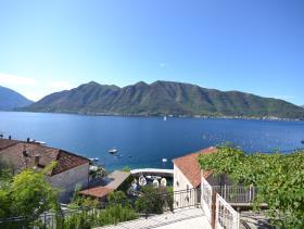 Image No.0-Villa de 4 chambres à vendre à Kotor