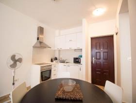 Image No.5-Appartement de 1 chambre à vendre à Kotor
