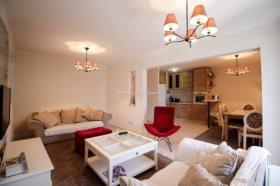 Image No.0-Appartement de 3 chambres à vendre à Dobrota