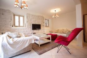 Image No.1-Appartement de 3 chambres à vendre à Dobrota