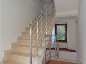 Image No.4-Maison de 6 chambres à vendre à Prcanj