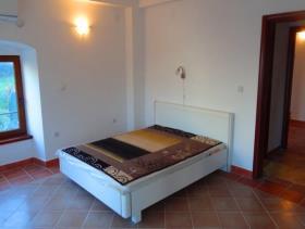 Image No.10-Maison de 6 chambres à vendre à Prcanj