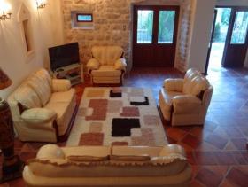 Image No.8-Maison de 6 chambres à vendre à Prcanj