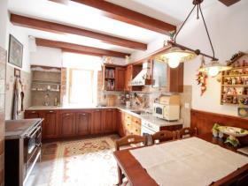 Image No.1-Maison de 4 chambres à vendre à Kotor