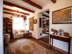 Image No.2-Maison de 4 chambres à vendre à Kotor