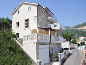 Herceg Novi, House