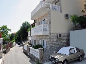 Image No.2-Maison de 6 chambres à vendre à Herceg Novi