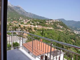 Image No.6-Maison de 6 chambres à vendre à Herceg Novi